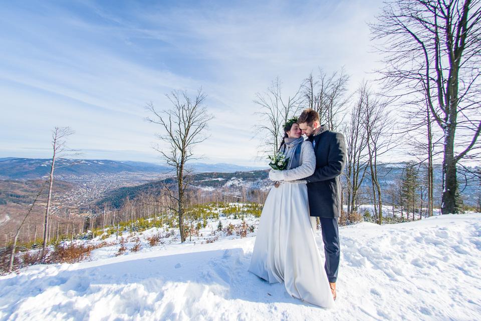 zimowa-sesja-slubna-w-gorach-61